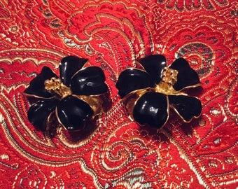 Black Flower Ear Clips