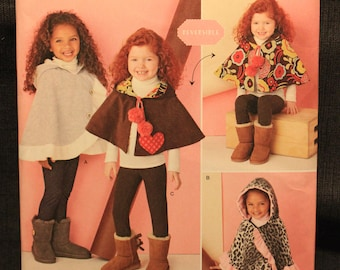 Simplicity 1263   Easy To Sew Childs Poncho and Reversible Cape