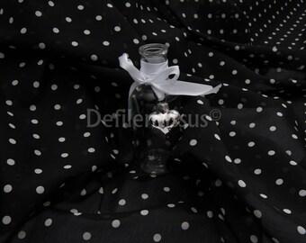 Cotton and silk Voile dot no. 169: 72% cotton and silk 28% per 50cm