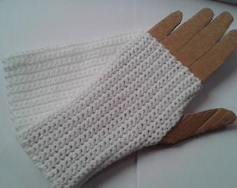 White mittens.