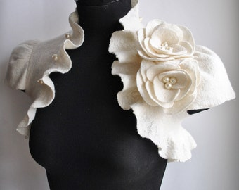 Bolero, Shrug, Wedding, Ivory,  Flower Roses Corsage, Brooch, Cap Sleeves,  /Princess of Light/