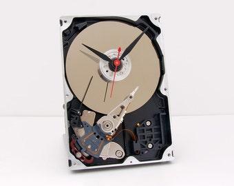 geek lovers gift, Computer parts clock, steampunk clock, Geek clock gift, hard drive clock,  upcycled,   Recycled Computer Hard Drive Clock,
