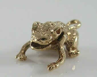 Vintage 3D 9ct Gold Movable Frog Charm