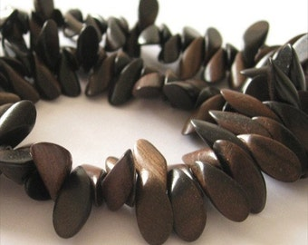 Full-Strand - Tiger Ebony 6x15mm Petal Wood Beads
