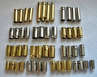 Douilles forés boyaux percés de balles balle pendentifs Lot de 52 Nickel argent et boyaux en laiton percé et apprêté... Lot 275