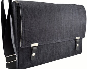 "13""  MacBook Pro messenger bag - dark blue denim"