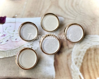 5 Mini Small Retro Vintage Style White Silver Round Jacket Coat Sweater Plastic Buttons 0.45 Inches / 1 cm