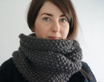 Chunky Seed Stitch Infinity Scarf, Chunky Knit Cowl, Oversized Winter Cowl