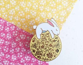 Sun Rabbit - Hard enamel pin - kawaii pin, cute enamel pin, rabbit lapel pin, cute bunny enamel pin, rabbit pin, cute bunny pin, usagi pin