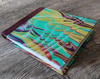 Cahier journal, cuir trimestre classique reliure avec les papiers marbrés originaux