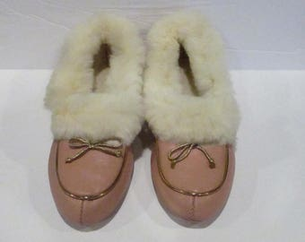 Vintage Retro Womens pink Fur Lined Warm Slippers Flat