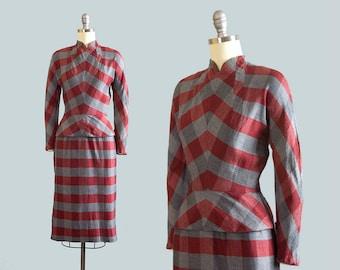 Vintage 1940s Dress | 40s Checkered Peplum Wiggle Dress Cotton Red Grey Pencil Skirt Long Sleeve Fall Day Dress (xs)