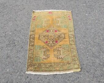 Oushak Rug for small space,Turkish Oushak Rug,Vintage Small Rug,Anatolian Handmade door mat,Tapis Ref.1046