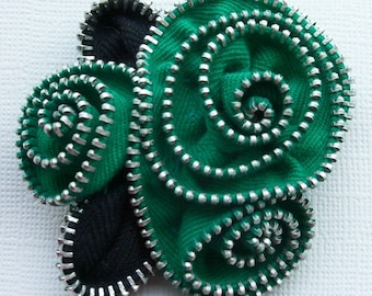 Kelly Green Abstract Floral Brooch / Zipper Pin by ZipPinning 2902