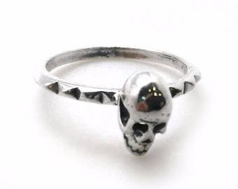 1pc Sterling Silver 925 Finger Ring, Size 8, Silver Skull Ring, JBB Findings, Skull Jewelry, Gothic Jewelry, Small Silver Skull Ring