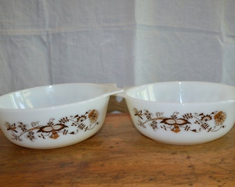 Sale! Vintage PYREX Made in ENGLAND. Two Casserole Set. In the Brown 'Vine' Pattern.