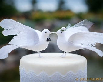 Lovey Dove Wedding Cake Topper: Elegant Bride & Groom Love Bird Cake Topper