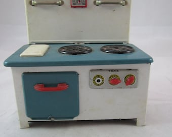1960s Child's Tin Metal Toy Stove Marked MM702 Made in China Mid Century Collectible