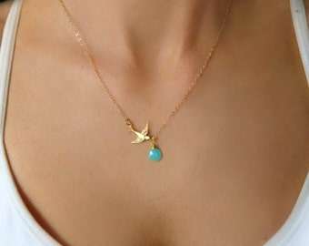 Bird Necklace For Mom, Sparrow Necklace Gold, Jewelry Gift For Expecting Mom, Tiny Flying Bird Charm Necklace, Gift for Daughter From Mom
