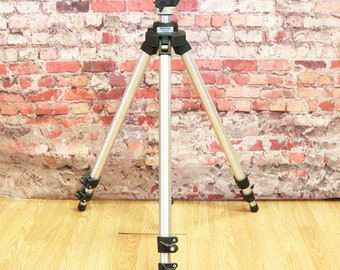 Bogan Professional Tripod Model 3020 w/ 3025 3D Pan Tilt Head Made in Italy