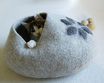 Pet bed - Cat bed - Cat cave - puppy bed - cat house - pet furniture - Custom gray hand-felted eco friendly cat bed S M L size handmade