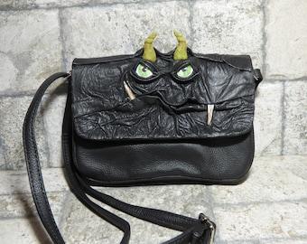 Kleines Kreuz Körper Handtasche Umhängetasche mit Gesicht Monster schwarz Leder 415