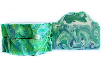 Pine Handmade Soap / Pine Soap / Handmade Soap / Bar Soap / Stocking Stuffers / Christmas Gift / Gift for Her / Gift for Him