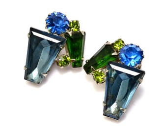 Vintage montana blue emerald green keystone rhinestone clip on earrings