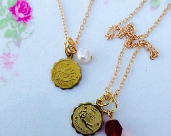 Best friend gift. Zodiac jewelry, zodiac necklace. Custom necklace. Birthstone necklace. 3 best friend necklace. Friendship jewelry.