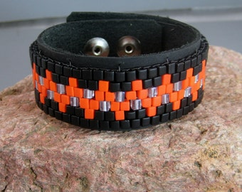 Native American beaded bracelet, Fashion jewelry for men, Pow wow accessories, Leather bracelet, Contemporary beadwork, Guys jewelry