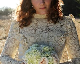 GWENEVERE Vintage 1960's Wedding Cream Empire Waist Crochet Lace Gunne Sax Style Renassance Long Sleeve Maxi Gown Train Bridal