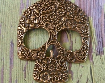 Large Bronze Antiqued Gold Pewter Metal Ornate Skull Pendant Jewelry Supply