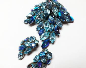 Vintage REGENCY Blue Rhinestone Set Parure, c. 1950's Brooch Pin, Earrings Designer Signed Dimensional Pewter Metal Finish Prong Set Quality