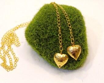 Gold Herz Lariat Halskette gehämmert
