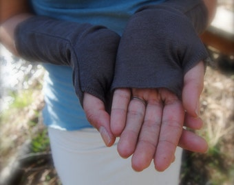 Gloves-Hemp and Organic Cotton stretch by Hempress Arise