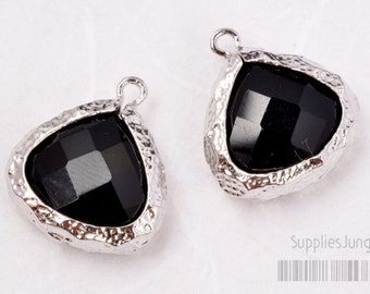 F120-S-BL // Silver Hammered Rough Framed Black Faceted Glass Stone Pendant, 2Pc