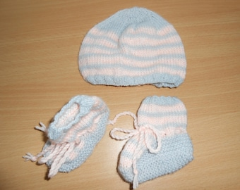 set hat and booties for girl 1 month