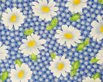 Remnants Blue Cotton Fabric with Chamomiles and Small Flowers 44''(1 yard 8'') (111 cm) Crafts, Sewing & Needlecraft
