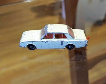 1967 Lesney Matchbox Ford Corsair no.45 Vintage die cast car toy England