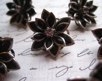 Rhinestone Flower Push Pins 6pcs Black Rhinestone Flower Thumbtack Set...  Housewarming Gifts, Hostess Gifts, Wedding Favors
