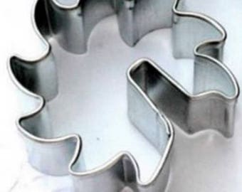 Sun ~  Over the Edge Cookie Cutter Tea cookies to hang off cup