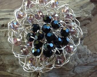 Crochet flower, crochet wire brooch, beaded crochet, beaded brooch, brooch, crochet brooch, crochet jewelry, wire jewelry, flower brooch
