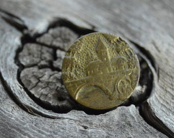 """Brass button French A P & Cie BREVETE Paris Antique, Sculpted relief Scenic village WATER MILL Picture Vintage 1/2"""""""