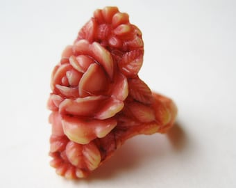 Vintage 30s Molded Celluloid Chrysanthemum Coral Pink Ring size 5