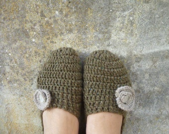 Crocheted handmade shoes, woolen stockings, flower ballerine and mother of pearl button. Autumn relax slippers. Crochet house shoes gift.