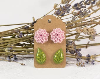 Flower and Leaf Stud Earrings - Polymer clay - Floral jewellery - Handmade jewelry