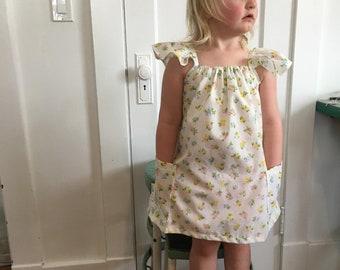 Farmers Market Dress| Sweet Floral| Toddler Summer Dress| Vintage Floral Cotto| Pockets