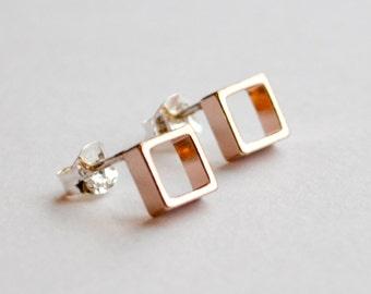 Rose Gold Ohrstecker - kleine rosa Quadrat Ohrringe - geometrische Rotgold - Alltag minimalistische und moderne Ohrstecker - Haken und Materie
