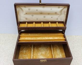 Mid Century Vinyl Folding Jewelry Box/Satin and Felt Lined Jewelry Box/Mustard Yellow Felt Lined Jewelry Case/VIntage Jewelry Case/