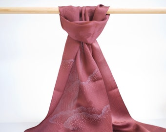 Scarf made with Japanese kimono silk, burgundy silk with sakura cherry blossom patterns, scarf made with Japanese obi belt accessory